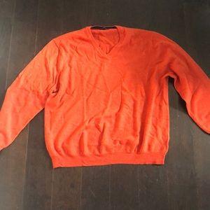 Club room sweater